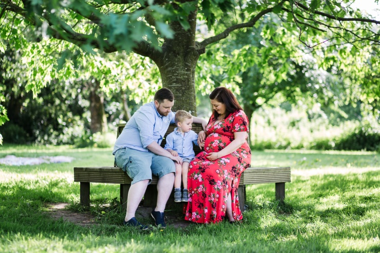 family, portrait, maternity, outdoor
